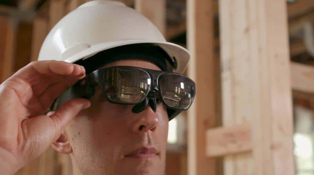 Construction Inspection Using Augmented Reality Glasses